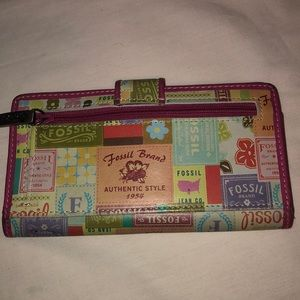 Fossil fun wallet
